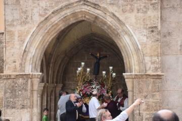 Procesión de la imagen del Cristo de Sant Bult, del siglo XIII, en Valencia 20180610 (54)