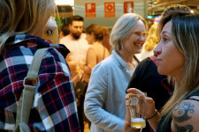 Zeta Beer presenta Trïgger en las Cervezas del Mercado by BWK (125)