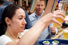 Zeta Beer presenta Trïgger en las Cervezas del Mercado by BWK (36)