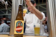 Zeta Beer presenta Trïgger en las Cervezas del Mercado by BWK (82)