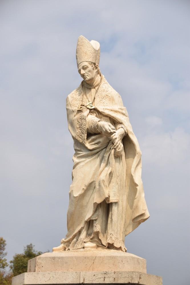 escultura de Sant Tomàs de València (2)
