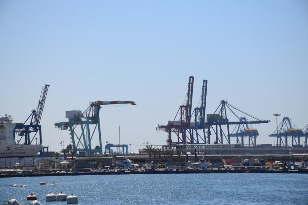 gruas contenedores comunidad valenciana puerto valencia exportaciones (6)