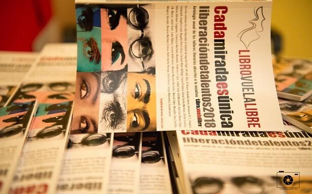 5 Ejemplares de la antología de 2018 de LIBRO VUELA LIBRE.