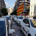 Los taxistas valencianos exigen que los servicios de Uber o Cabify se tengan que procontratar con 12 horas de antelación
