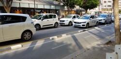Cerrada a la circulación la calle Colón de València por la huelga de taxistas 20180730_183749(7)
