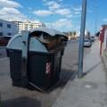 Contenedores basuras llenos (2)