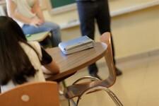 Educación pagará a partir de 2019 los meses de verano a los profesores interinos de la concertada