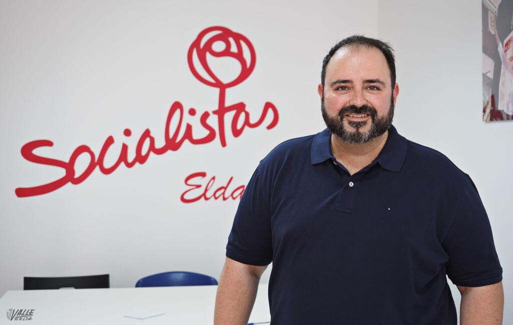 El socialista Jesús Sellés toma posesión como nuevo diputado en Cortes Valencianas