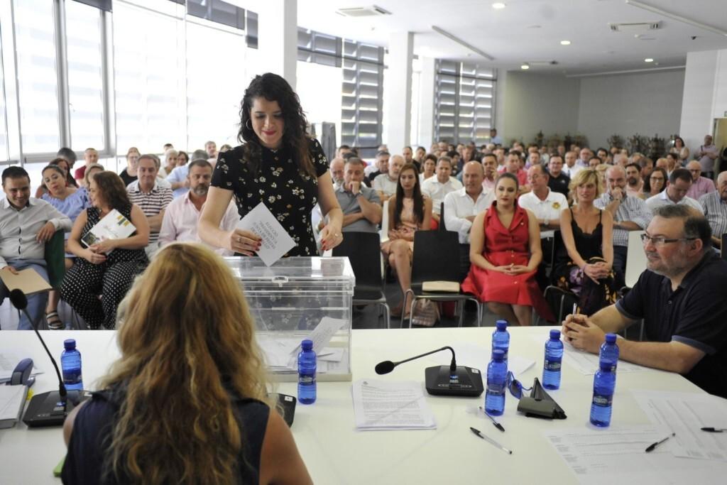Eleccio presidencia Junta de Festes (slowphotos.es) (11)