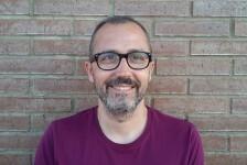 """Kike Parra Veïnat """"La tensión debe estar presente en el cuento""""."""