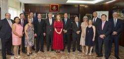 Los miembros de la nueva Junta Gobierno ICOMV tras haber  jurado el cargo y tomado posesión