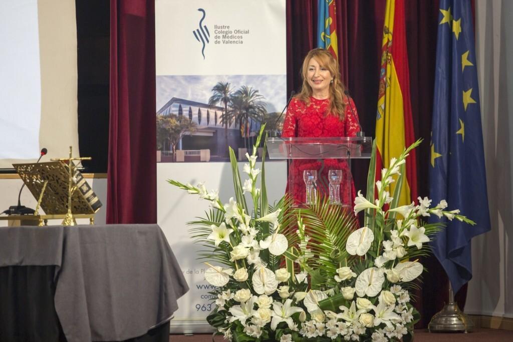Dra.Mercedes Hurtado durante su discurso tras la toma de posesión como presidenta del ICOMV