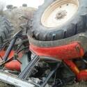 Un joven fallece al quedar atrapado tras volcar su tractor en Alfarp