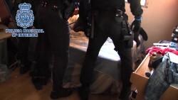 La Policía Nacional detiene en Madrid a 39 jóvenes pertenecientes a bandas latinas por cometer varios robos con violencia