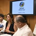 La regidora de Desenvolupament Econòmic Sostenible, Sandra Gómez, i el secretari autonòmic de l'Agència Valenciana de Turisme, Francesc Colomer, presenten en roda de premsa el Dia Mundial de la Paella.