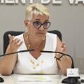 La regidora de Servicis Socials, Consol Castillo, presenta en roda de premsa la modificació de Reglaments d'Atenció a Domicili