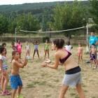 Más de 1.800 niños y adolescentes de Valencia participan en las actividades vacacionales y saludables de CaixaProinfancia