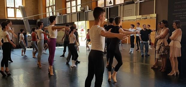 La Fundación Hortensia Herrero ha becado a 15 jóvenes bailarines valencianos.