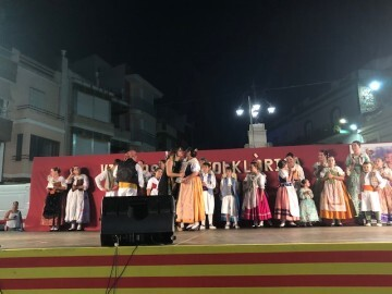 Èxit este cap de setmana en la VI folklórica de Cabanes (14)
