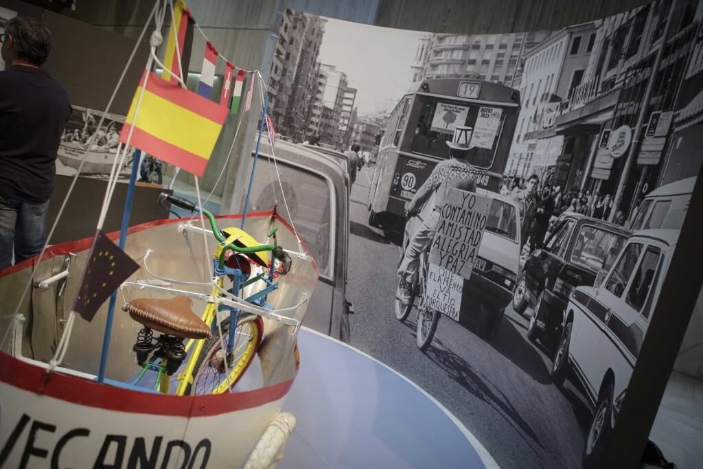 Jose Cuellar Asuncion 13/09/2018 Valencia, Comunidad Valenciana. El regidor de Mobilitat Sostenible, Giuseppe Grezzi, i la regidora de Patrimoni i Recursos Culturals, Gloria Tello, presenten en roda de premsa lÕexposici— de fotograf'a ÒTio Pepe. CabanyalÓ, organitzada per les regidories de Mobilitat Sostenible i Cultura, i comissariada pel fot˜graf JosŽ Garc'a Poveda ÒEl FlacoÓ