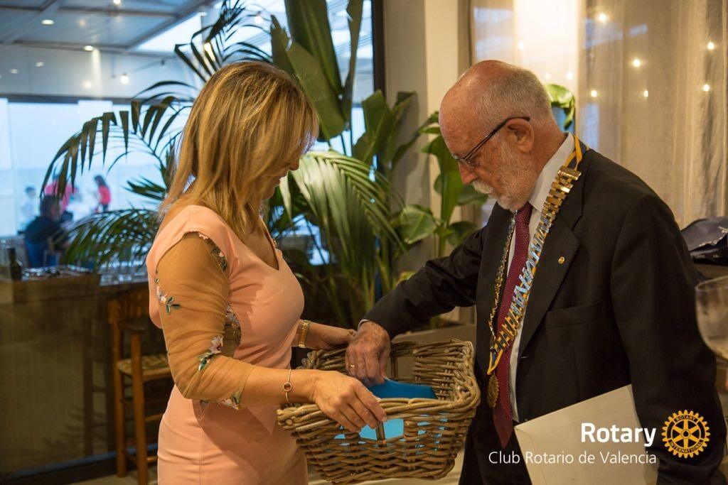 Ceremonia de cambio de collares Rotary club Valencia 2018 (10)