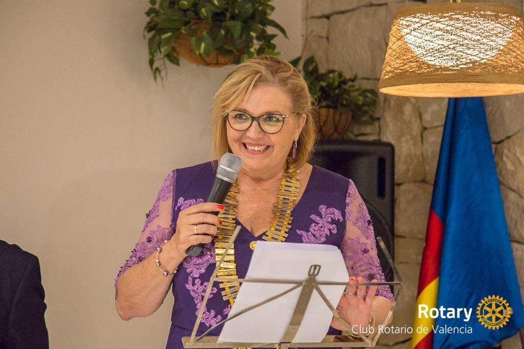 Ceremonia de cambio de collares Rotary club Valencia 2018 (4)