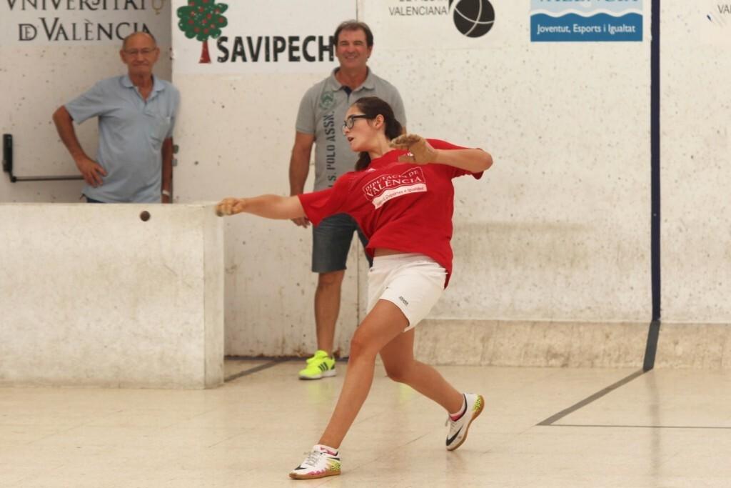 Erika de l'Alqueria, lider en primera