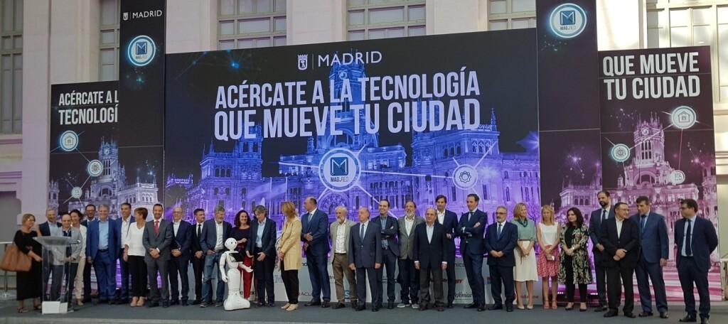 Foto 1-Feria Tecnológica
