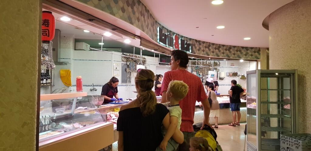 Mercado colon tiendas quesos 20180703_114944 (15)