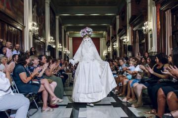 Nuestras fiestas y tradiciones, inspiración del desfile de Eugenia Puertes