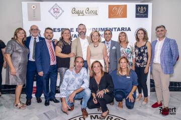 Todas las firmas participantes del I Desfile de Indumentaria Valenciana del Gremio Artesano de Sastres y Modistas CV