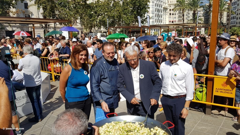 Valencia muestra la riqueza de su plato más tradicional la paella en su World Paella Day 20180920_114141 (262)