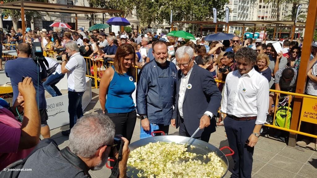 Valencia muestra la riqueza de su plato más tradicional la paella en su World Paella Day 20180920_114141 (263)