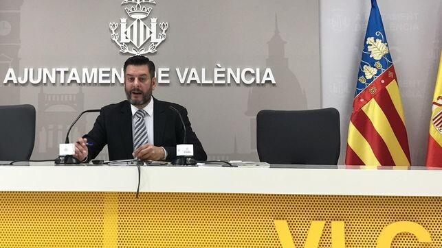 concejal-valenciano-Carlos-Galiana_EDIIMA20180724_0269_4