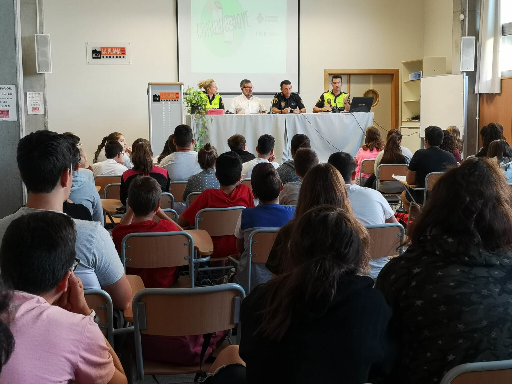 14-10-2018 charla IES La Plana 2