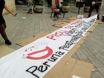 Manifestación realizada en la calle Murillo de Valencia para protestar por la saturación de tráfico (5)