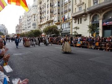 Procesión cívica y ofrenda floral a Jaume I (33)