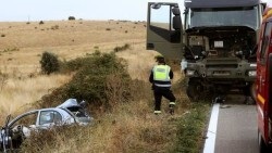 muere-chocar-camion-militar-Salamanca_EDIIMA20181026_0139_4