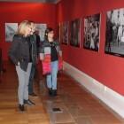 La exposición 'Fondos fotográficos valencianos' muestra los fondos de la Biblioteca Valenciana