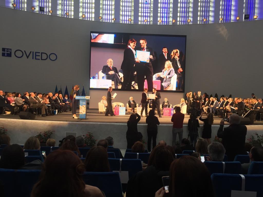 27-11-2018 L'Ajuntament arreplega per a Castelló el títol de Ciutat Amiga de la Infància atorgat per Unicef1