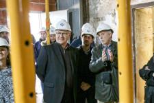 VALENCIA  12:56:17 L'alcalde de Valncia, Joan Rib—, acompanyat del regidor de Govern Interior, Sergi Campillo, visita l'Alqueria del Moro.