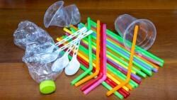 Europa alcanza un acuerdo político para prohibir los artículos de plástico desechable