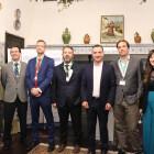 Más de un centenar de gerentes 'interroga' al alcalde de Riba-roja en el exitoso encuentro navideño de RibA3