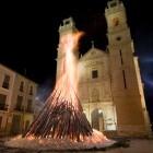 Canals encenderá la hoguera más grande del mundo para las fiestas de San Antonio