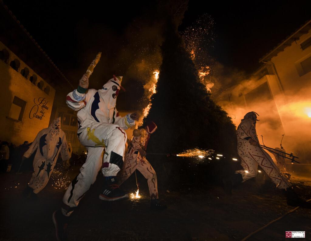 La Diputación promociona las fiestas de Sant Antoni como emblema cultural y turístico del que la provincia se enorgullece