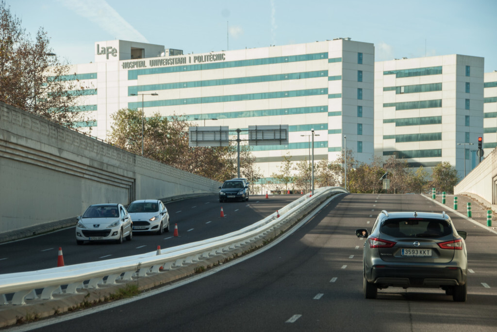 hospital la fe Barrera seguretat túnel