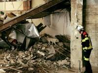 Desalojados los edificios de Trànsits 5 y Barcas 7 por derrumbe en Valencia