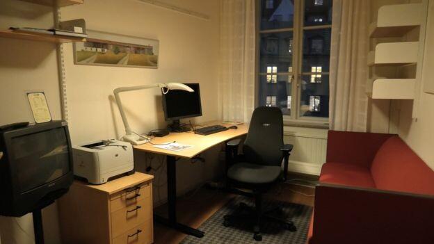 Así son los despachos de la mayoría de diputados suecos.