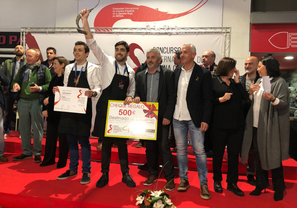 El chef Alejandro Serrano, del Restaurante Alejandro, ganador de la 8ª edición del Concurso Creativo de la Gamba Roja de Dénia (7)