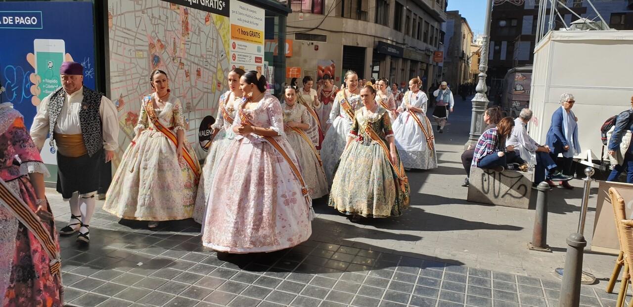 La Junta Local Fallera de Xátiva visita Valencia en la recepción fallera (124)